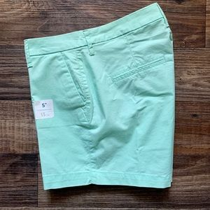 Old Navy  NWT Mint Green Everyday Shorts Size 4